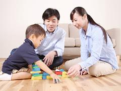 家は、親を中心に据えて子どもを育てる器